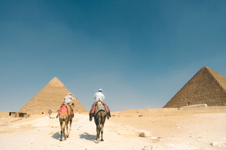 A Backpacking Travel Guide To Cairo And The Giza Pyramid How I Got Scammed At The