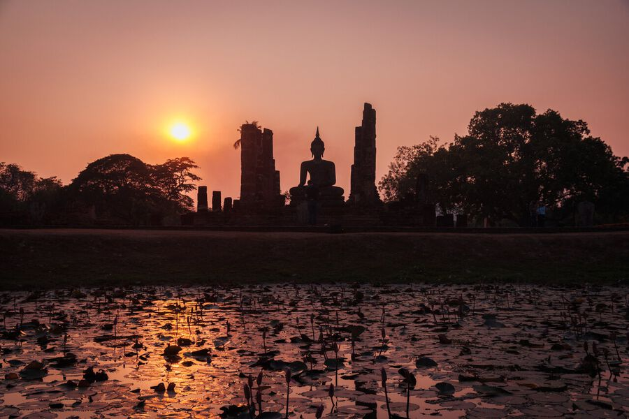 A Complete Backpacking Guide To Sukhothai
