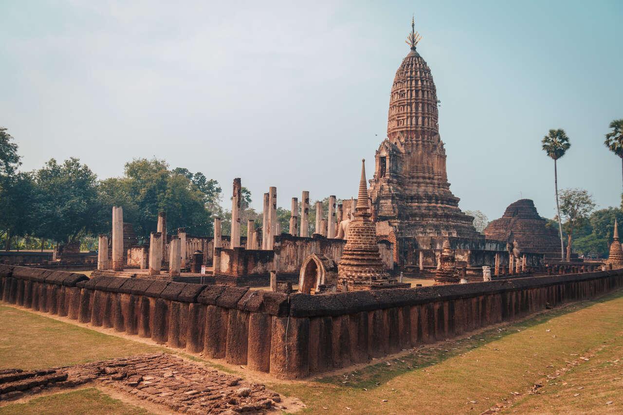 Wat Phra Sri and Phra That Mutao in Si Satchanalai, Thailand