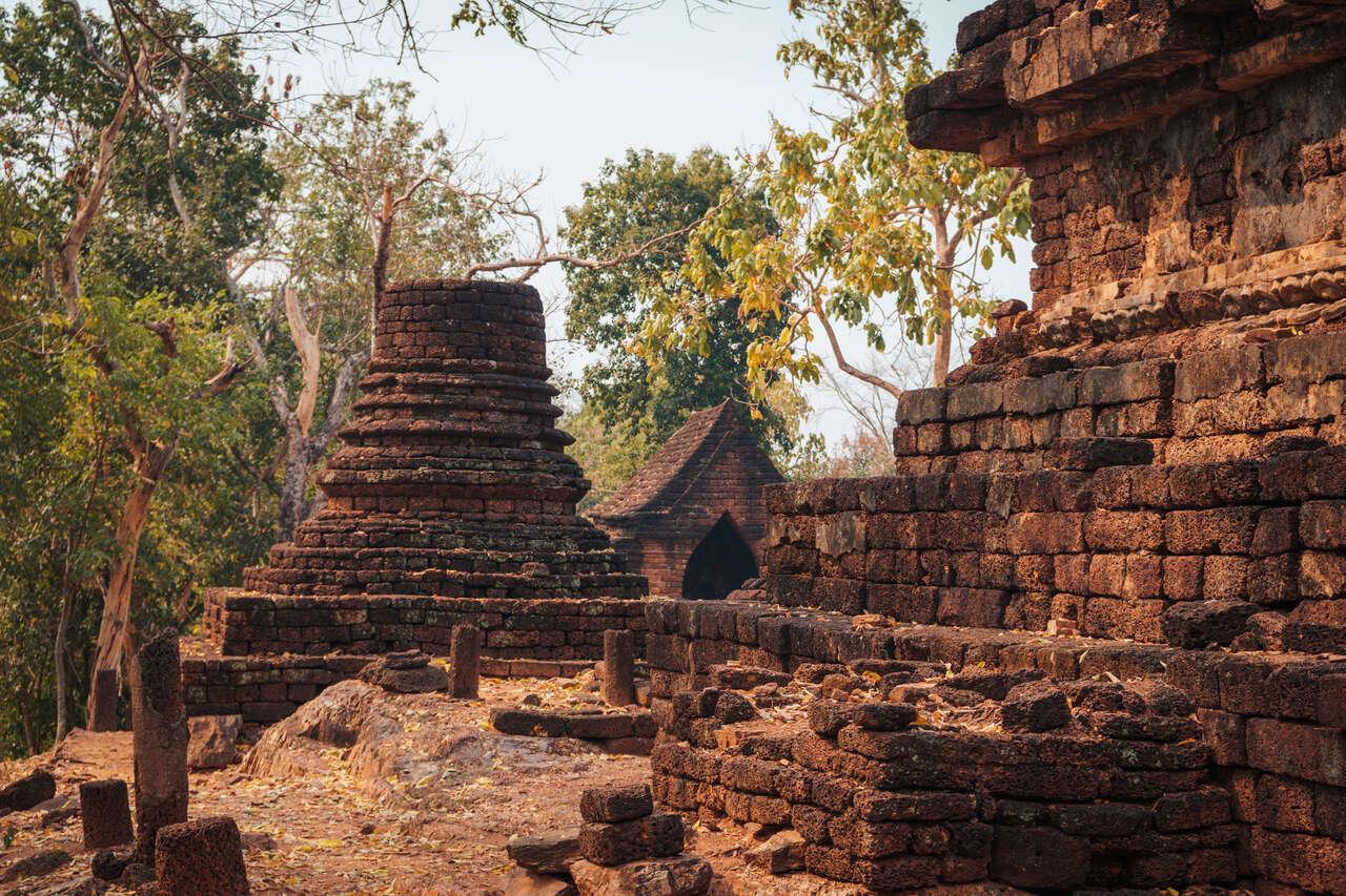 The exterior of Wat Khao Phanom Phloeng in Si Satchanalai, Thailand