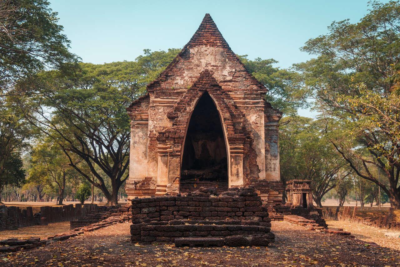 The mondop of Wat Suan Keao Utthayan Noi in Si Satchanalai, Thailand