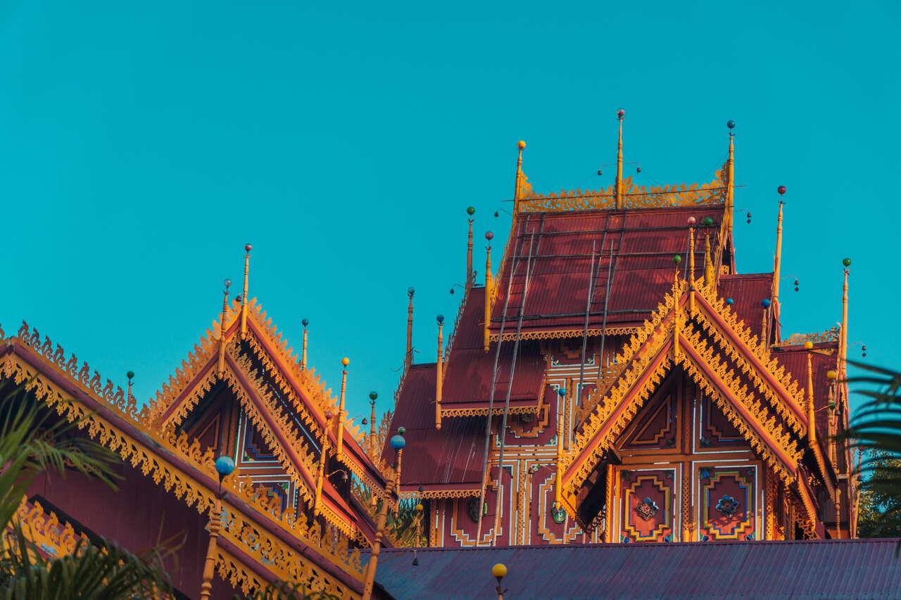The beautiful roof design of Wat Si Rongmuang in Lampang, Thailand