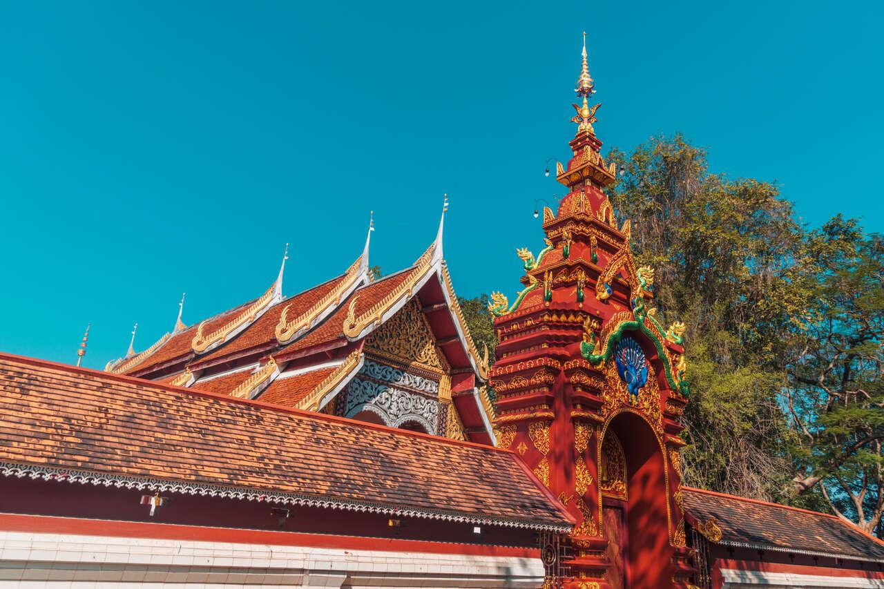 A temple along Pahmai Road in Lampang, Thailand