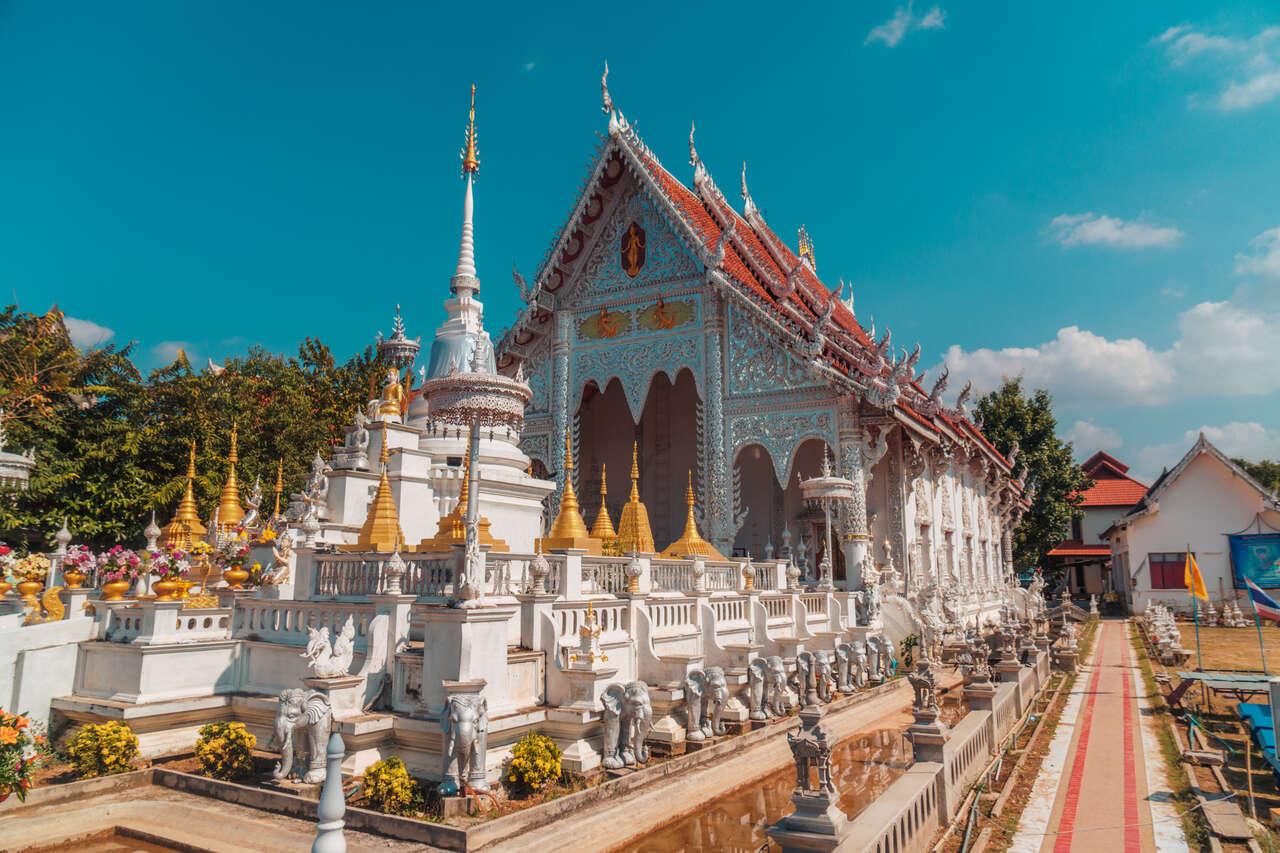 The subsidiary chedis of Wat Chiang Rai in Lampang, Thailand.