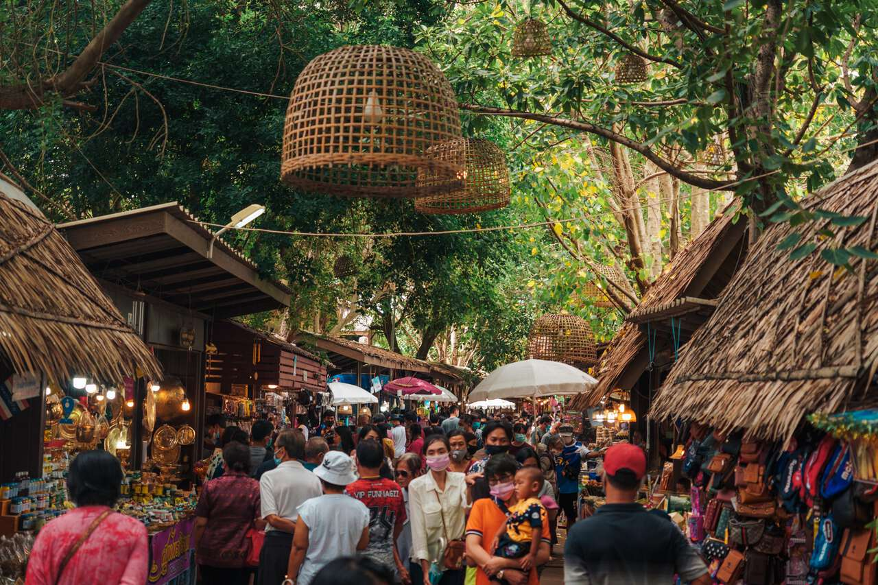 A crowded market at Maharat Buddhist Park in Ayutthaya