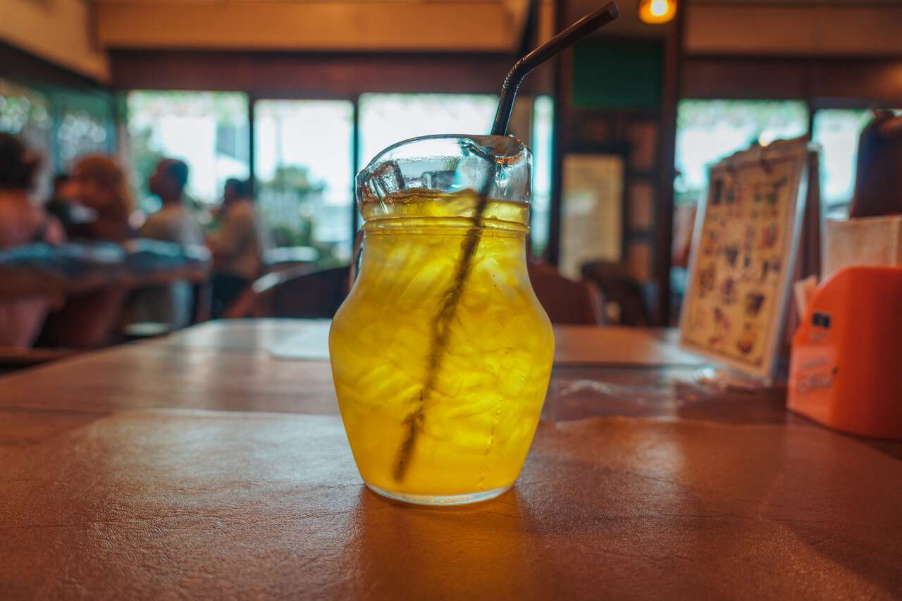 Chrysanthemum iced tea at DR. STEAK restaurant in Ang Thong.