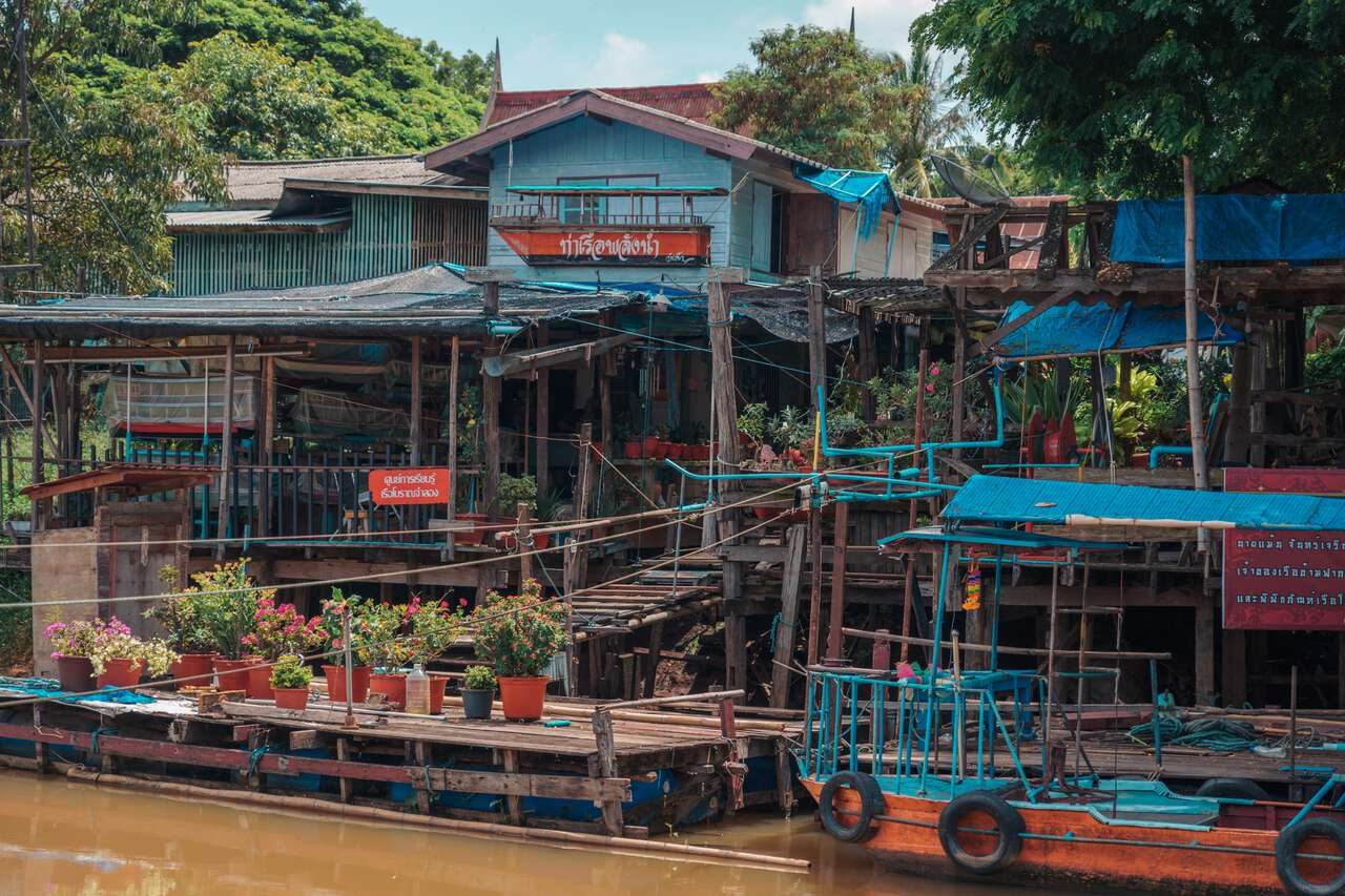 The cable ferry station at San Chao Rong Thong Vintage Market in Ang Thong